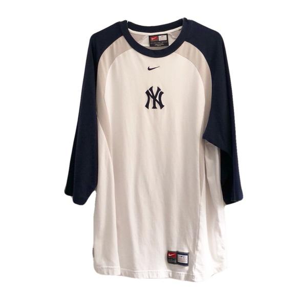 Nike Dri-Fit Yankees Jersey Size Large. M 5ba43e4dbb76158e8e2b197f 4165d8db4e1